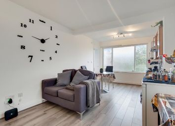 Thumbnail 1 bed flat to rent in Bickerton Road, Islington, London