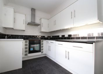 3 bed maisonette to rent in Morgan Road, Bromley, Kent BR1