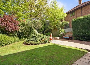 Thumbnail 4 bed property for sale in Canons Close, Radlett