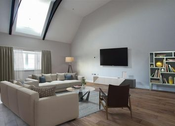 Thumbnail 3 bed flat for sale in Mulberry House, Whitchurch Road, Pangbourne, Reading