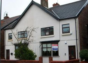 Thumbnail 2 bed flat to rent in Oxford Road, Crosby