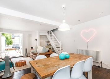 Thumbnail 3 bed property to rent in Leconfield Road, Islington, London
