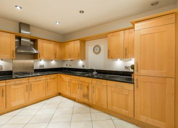 Thumbnail 3 bedroom flat to rent in Beckford Close, Kensington