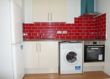 Thumbnail 1 bed flat to rent in Ceder Road, Leicester