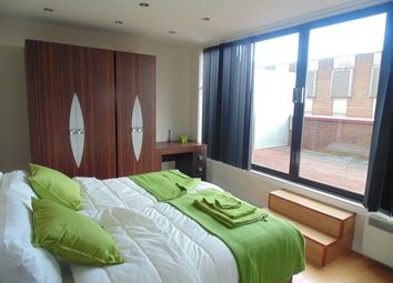 Thumbnail 2 bed flat to rent in London Road, Wembley, London