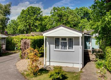 1 bed mobile/park home for sale in Fangrove Park, Lyne, Chertsey KT16
