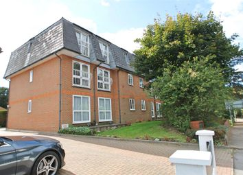 Sparrows Herne, Bushey WD23. 2 bed flat