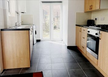 Thumbnail 1 bed flat to rent in Hampden Road, London