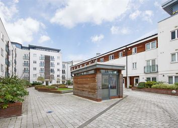 Thumbnail 2 bed flat for sale in Stane Grove, London
