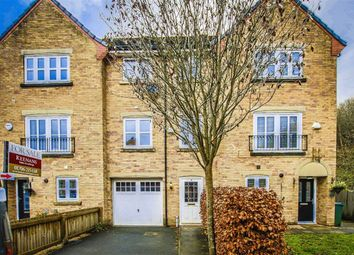 Thumbnail 4 bed town house for sale in Kingsbury Close, Bury, Lancashire