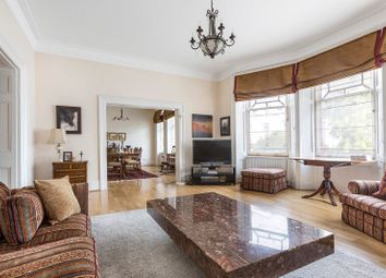 Thumbnail Flat for sale in Wynnstay Gardens, London