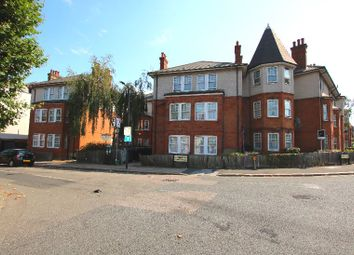 Grange Road, London NW10. 3 bed flat