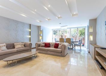 Thumbnail 4 bed town house to rent in Abbotsbury Close, Holland Park, London