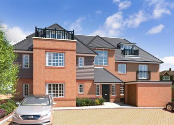 Thumbnail 2 bedroom flat for sale in High Street, Godstone, Surrey