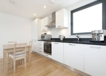 Thumbnail 1 bed flat to rent in Harrow Road, Kensal Green