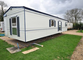 Thumbnail 2 bedroom mobile/park home to rent in Emms Lane, Brooks Green, Horsham