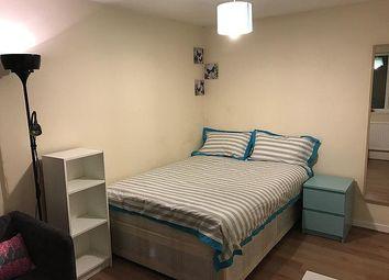 Thumbnail Room to rent in Daubeney Road, Hackney, London