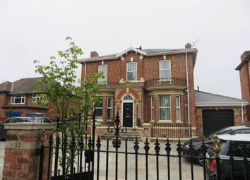 Thumbnail 1 bed flat to rent in Albert Road, Southport