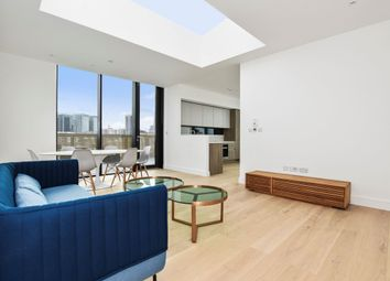 Thumbnail 3 bed flat to rent in Hanbury Street, Shoreditch