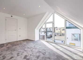 Thumbnail 2 bed flat for sale in Crossways, Shenfield, Brentwood