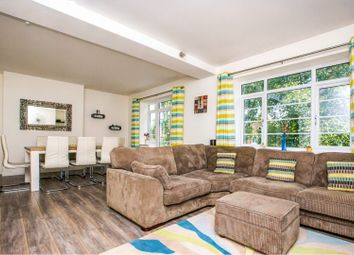 Thumbnail 3 bed flat for sale in Acorn Walk, Surrey Quays