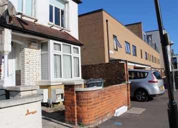 Thumbnail 2 bed flat to rent in Kimberley Road, London