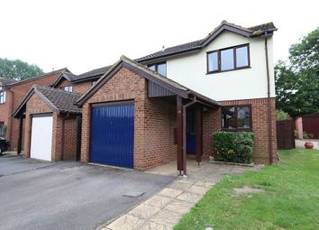 Thumbnail 3 bed detached house for sale in Onslow Drive, Thame, Oxfordshire
