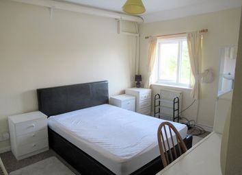 Thumbnail Room to rent in Westland Road, Yeovil