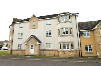 Thumbnail 2 bed flat to rent in Kestrel Way, Dunfermline