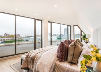 Thumbnail 2 bedroom flat for sale in Hand & Flower House, 617 Kings Road, London