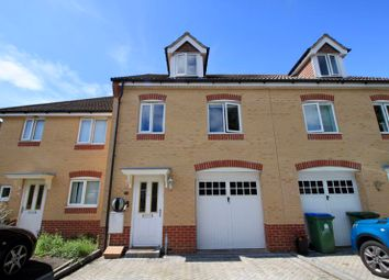 3 bed terraced house for sale in Melville Gardens, Sarisbury Green, Southampton SO31