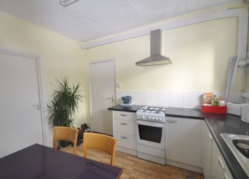 Thumbnail Room to rent in New Broadway, Ealing
