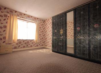 Thumbnail 3 bedroom flat to rent in Inglehurst Gardens, Ilford