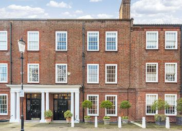 Thumbnail 6 bedroom terraced house for sale in Chelsea Square, London