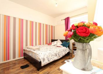 Thumbnail Room to rent in Arden House, Pitfield Street, Old Street