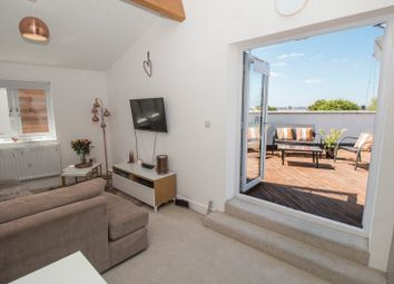 Thumbnail 1 bedroom flat for sale in Wicket Lane, Bristol