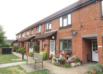 2 bed property for sale in Whitley Wood Road, Reading RG2