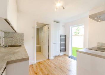 Thumbnail 3 bedroom flat to rent in Coleridge Road, Walthamstow