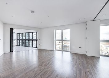 Thumbnail 3 bedroom flat to rent in New Drum Street, London