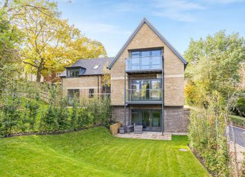 Dean Court Road, Off Cumnor Hill, Oxford OX2. 2 bed flat for sale