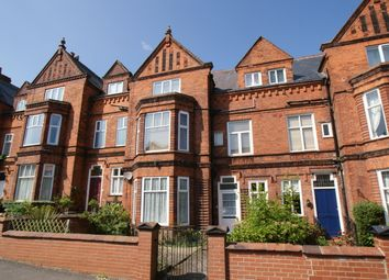 Thumbnail 2 bed flat to rent in Avenue Victoria, Scarborough