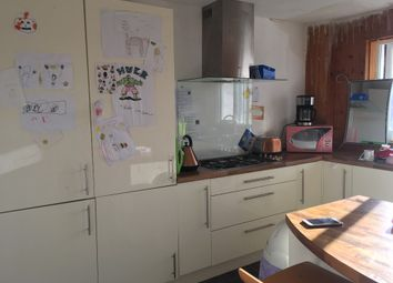 3 bed flat to rent in Dykehead Place, Stobswell, Dundee DD4