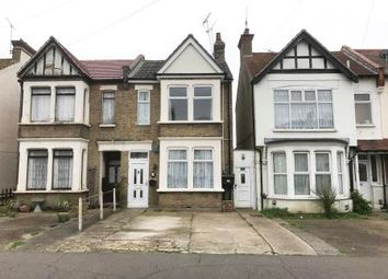 Thumbnail 2 bedroom flat for sale in 18A Ilfracombe Road, Southend-On-Sea, Essex