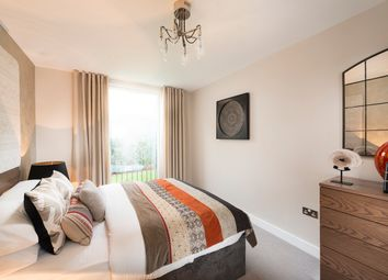 Thumbnail 2 bed flat for sale in Woodside Square, Woodside Avenue, Muswell Hill, Londo