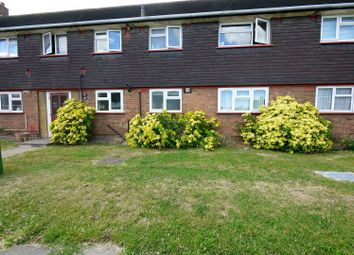 Thumbnail 3 bed flat to rent in Whitefields Road, Cheshunt, Waltham Cross