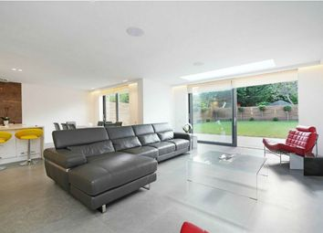 Thumbnail 5 bed detached house to rent in Corringway, London