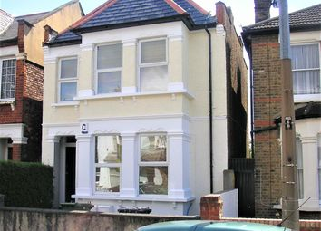 3 bed flat to rent in Marlborough Road, Bowes Park N22