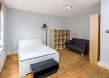 3 bed flat to rent in Bourne Estate, Portpool Lane, London EC1N