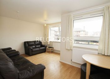 Thumbnail 3 bedroom flat to rent in Hanbury Street, London