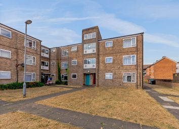 Thumbnail 2 bed flat for sale in Ross Close, Luton